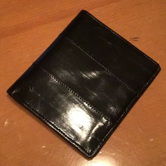 Lee Sands Burgundy Accordion Card and Coin Wallet